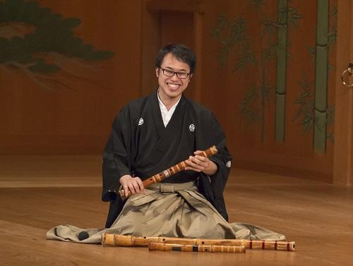 Músico Reison Kuroda é atração neste domingo